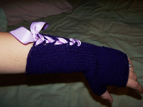 Lace-up arm warmers